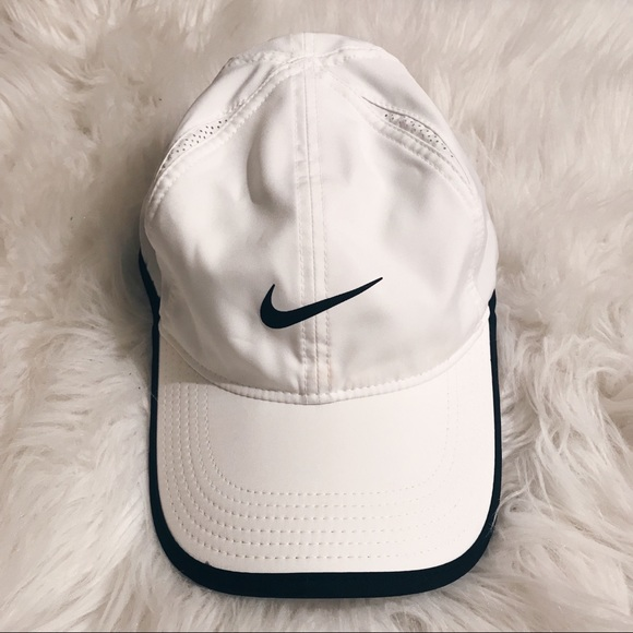 ee097279cfc Nike Accessories - Women Nike featherlight dri-fit Hat
